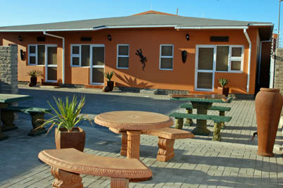 Bush Babies Swakopmund: outside view of 5 cottages
